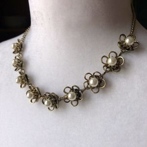 """19"""" Silver Tone Faux Pearl Statement Necklace"""